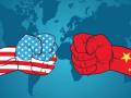 عوائد أفضل للولايات المتحدة رفعت الدولار قليلا وسط تهديد الحرب التجارية
