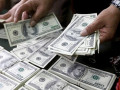 تراجع اسعار الدولار الامريكي مع تنامى عدم اليقين بشأن الحرب التجارية