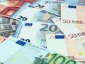 اليورو مقابل الين يتخطى الحاجز