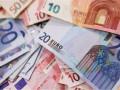 سعر اليورو مقابل الدولار يخترق الترند