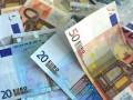 الدولار يستقر مرتفعا واليورو في موقف دفاعي بعد قرار البنك المركزي الأوروبي