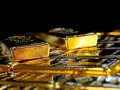 تعافي الذهب قليلاً بعد ضعف الدولار