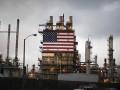 تراجع اسعار النفط مع تنامى مخزونات النفط الخام