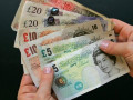 الإسترليني دولار وتراجع قوى اليوم