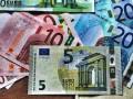 تحليل فنى لليورو كندى واختراق لمستويات قوية