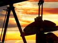 تداولات النفط تتراجع بقوة بدعم من بيانات الاقتصاد