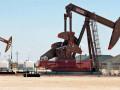 تراجع اسعار النفط الخام بدعم من ارتفاع المخزونات