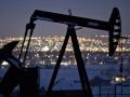 اسعار النفط ترتفع مع استمرار الدعم بشأن خفض المخزون