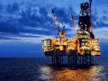 اسعار النفط تتراجع على الرغم من تنامى توترات الشرق الاوسط