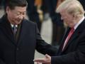 تداولات الدولار الامريكي تتراجع مع انتشار حالة من عدم اليقين بشأن صفقة التجارة