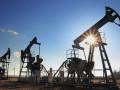 أسعار النفط لم تتغير كثيرا لكنها حققتت انخفاضات أسبوعية كبيرة