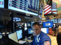 الأسهم الأمريكية وتباين مؤشر الداوجونز منذ الإفتتاح