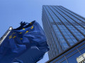 اليورو دولار يحاول الإرتكاز على مستويات دعم
