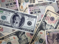 سعر الدولار ين وتراجع قبيل عطلة عيد الميلاد
