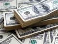 الدولار يحوم بالقرب من أعلى مستوياته في 6 أشهر مع استمرار المخاوف التجارية