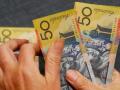 الدولار الامريكي يتراجع مع بيانات استراليا